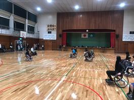 湧心館高校(定時制)車いすバスケットボール体験の画像